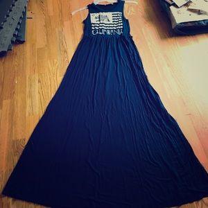 Dresses & Skirts - Long California bear dress